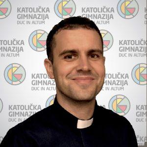 Marijan Pavelićsveučilišni prvostupnik teologije